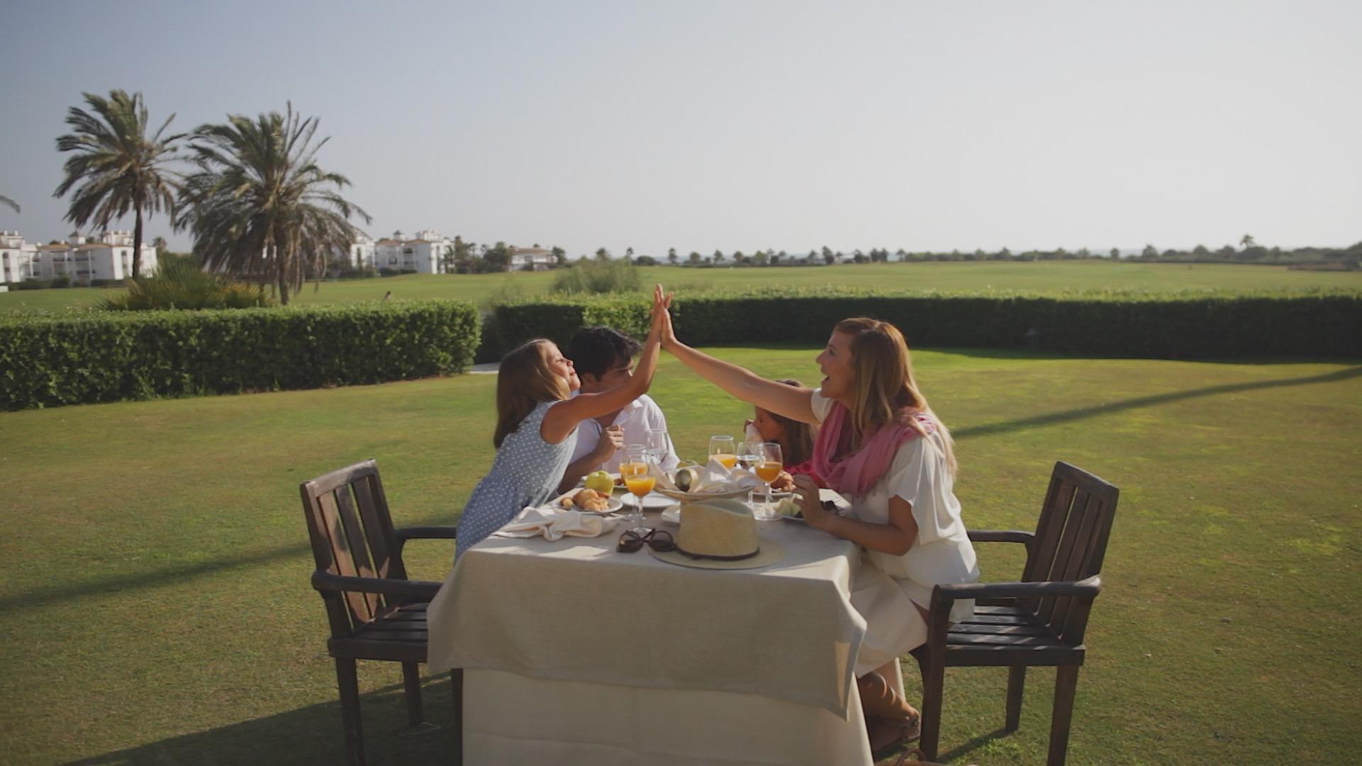 costa-ballena-golf-desayuno